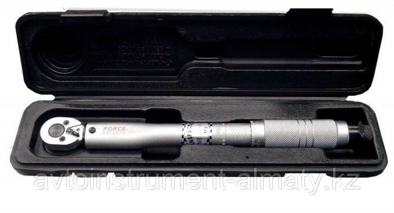 "Forcekraft Ключ динамометрический щелчкового типа 28-210Нм, 1/2"",в пластиковом футляре FORCEKRAFT FK-6474470"