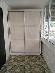 Шкаф купе встроенный, на балкон