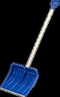 """Лопата снеговая """"Аляска"""" пластиковая с алюминиевой планкой, с деревянным черенком и V-ручкой, 490 мм, 39923"""