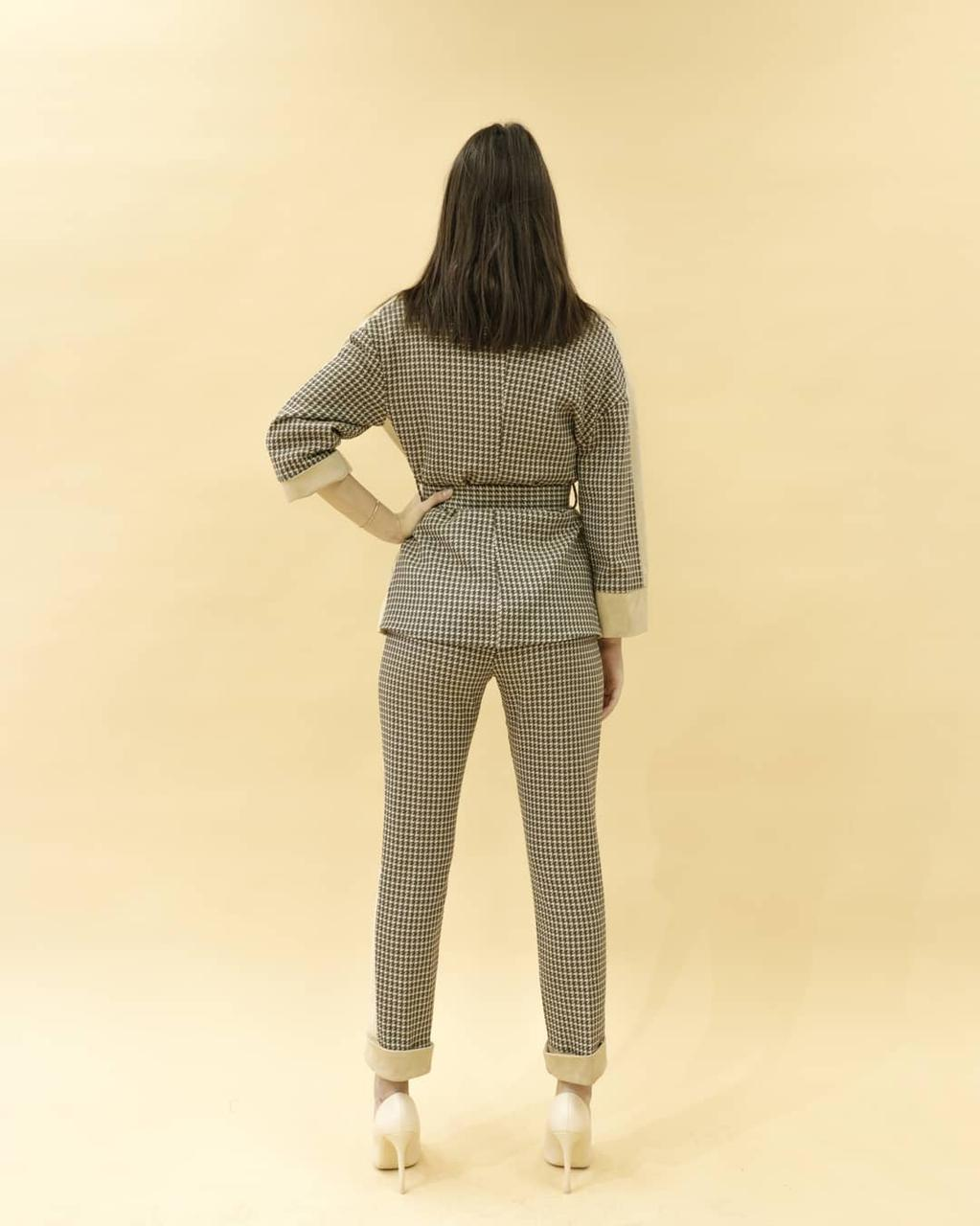 Женский костюм - фото 2