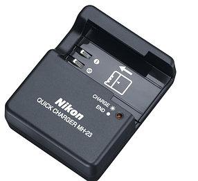 Зарядное устройство MH-23 на Nikon  D60 D40 D40X D3000 D5000 /EN-EL9 (дубликат)
