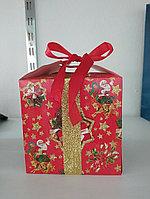 Коробочка для подарков Новогодний Дед Мороз 13*13 см