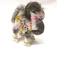 Мягкий сувенир Верблюд. Забавный подарок для хорошего друга.