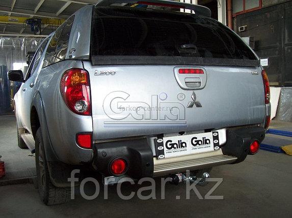Фаркоп на Mitsubishi L200 1996-2006, 2006-, фото 2