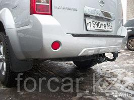 Фаркоп на Nissan Pathfinder R51 2004-2014