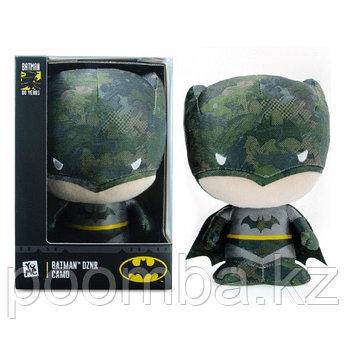 Мягкая игрушка YUME 19110 BATMAN DZNR CAMO Бэтмен, 17 см