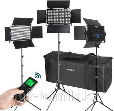 Комплект светодиодных панелей Viltrox  VL-D60T (3 света +3 стойки + 3 сет.адап. + переносная сумка)