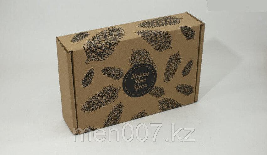 "Подарочная коробка ""Шишки"" 315*215*80(мм)"