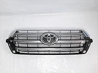 Решетка радиатора на Toyota Land Cruiser 200 2016-2020
