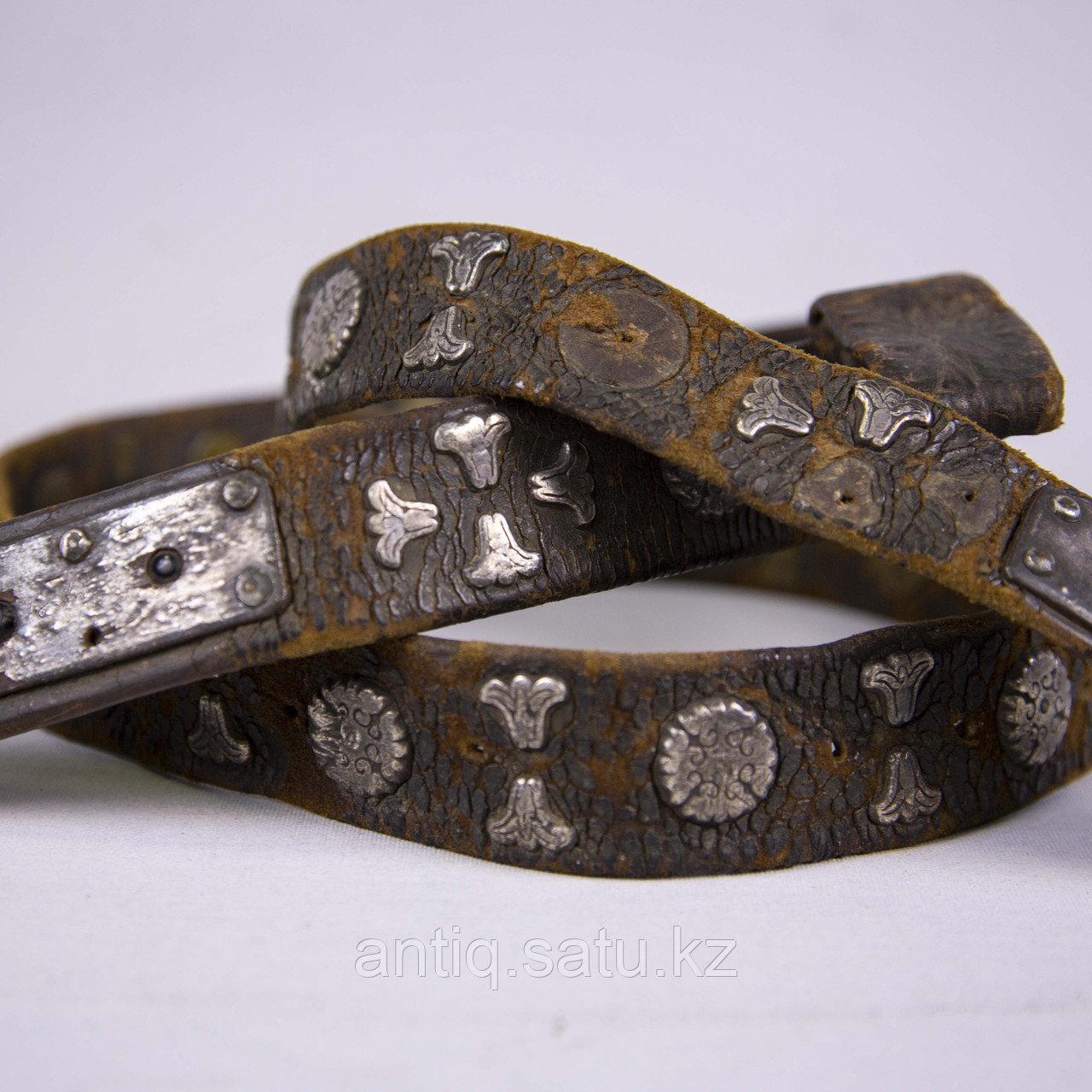 Кисе-белдик национальный Казахский охотничий пояс. Кожа, шитье, металл, ковка, серебро, насечка серебро - фото 7