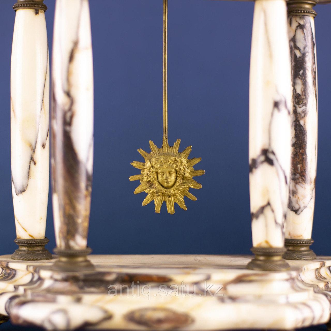 Кабинетный часовой гарнитур в стиле Людовика XVI Франция. II половина XIX века - фото 6