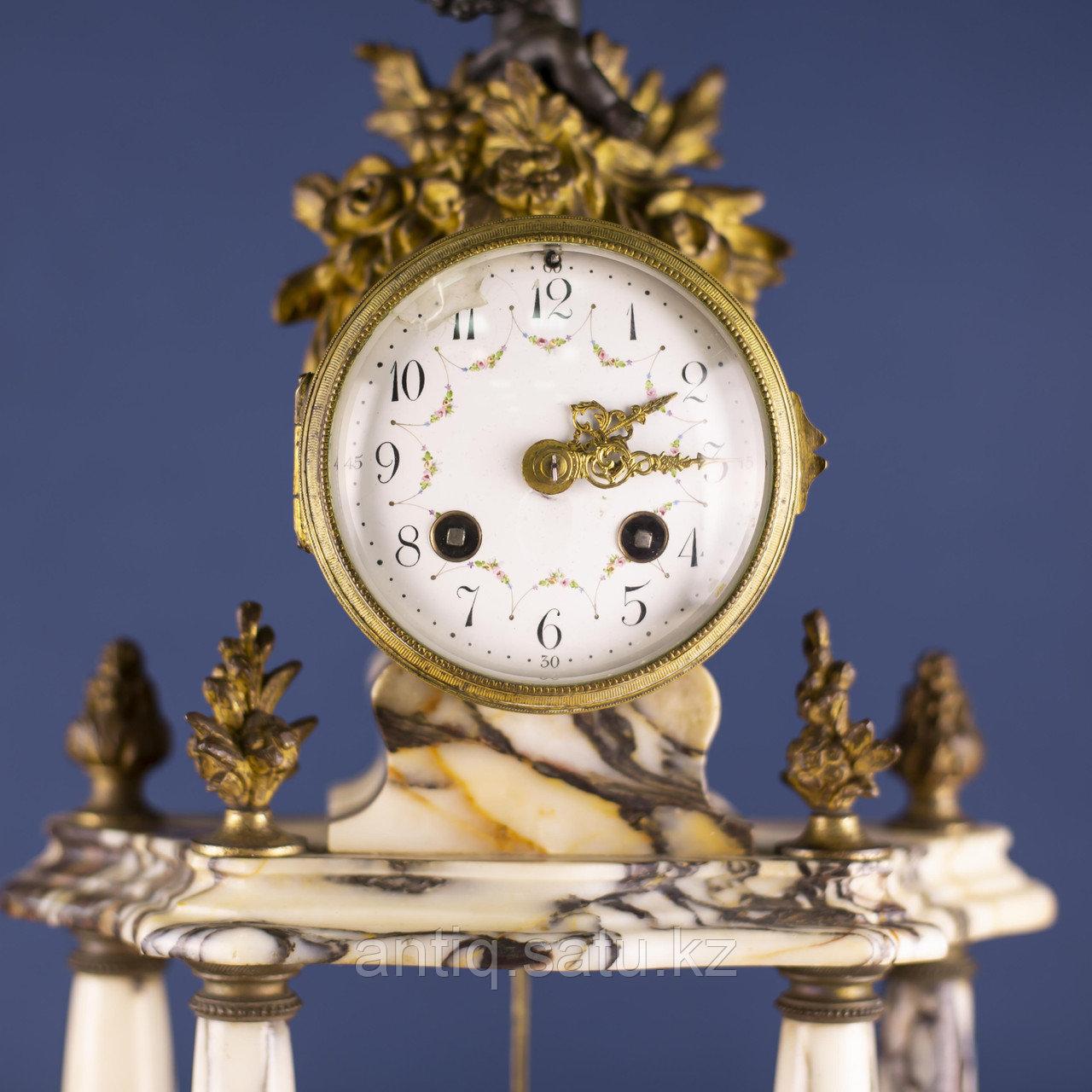 Кабинетный часовой гарнитур в стиле Людовика XVI Франция. II половина XIX века - фото 8