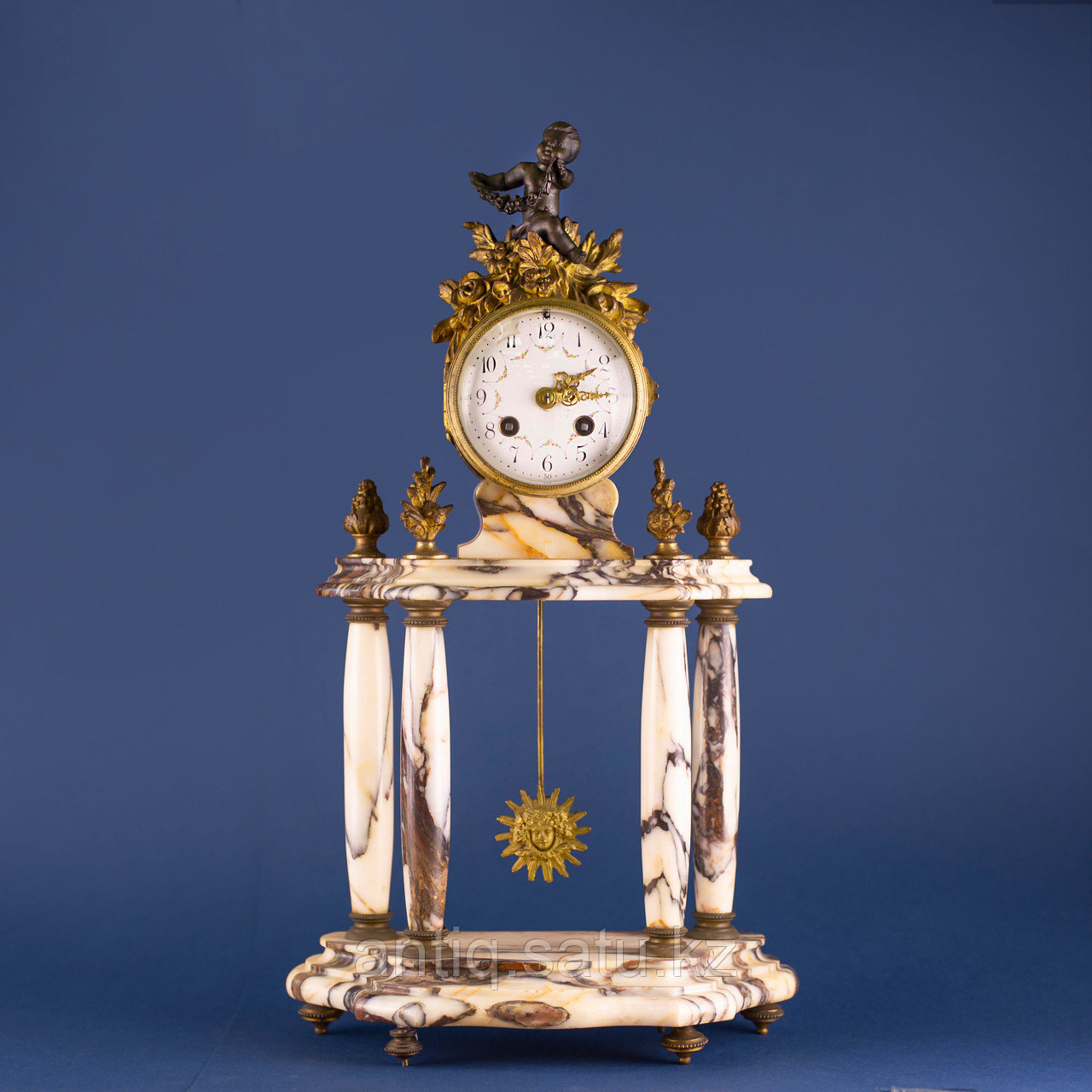 Кабинетный часовой гарнитур в стиле Людовика XVI Франция. II половина XIX века - фото 2