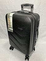 """Маленький пластиковый дорожный чемодан на 4-х колесах""""Delong"""". Высота 56 см, ширина 35 см, глубина 24 см., фото 1"""