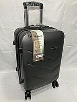 """Маленький пластиковый дорожный чемодан на 4-х колесах""""Delong'. Высота 56 см, ширина 35 см, глубина 24 см., фото 1"""