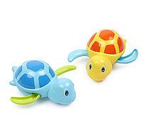 Игрушка для ванной Swimming Turtles Blue and Yellow 6мес+ (Happy Baby, Великобритания)