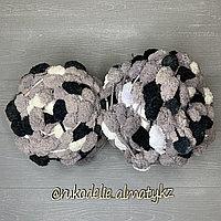 Помпонная фантазийная пряжа, цветная черно-серый