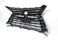 Решетка радиатора на Lexus LX570 2016-2020