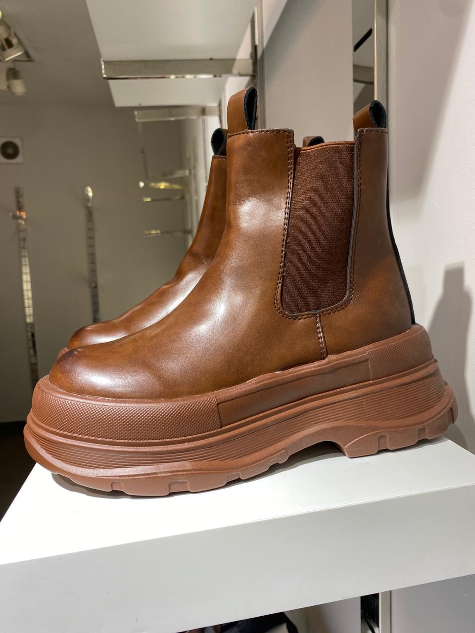 Ботинки - фото 1