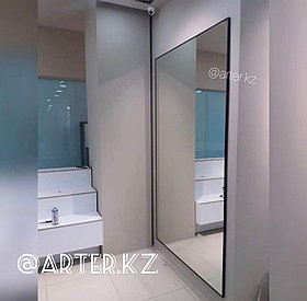 Зеркало в черной металлической раме, 5мм, 2200(В)х1240(Ш)мм