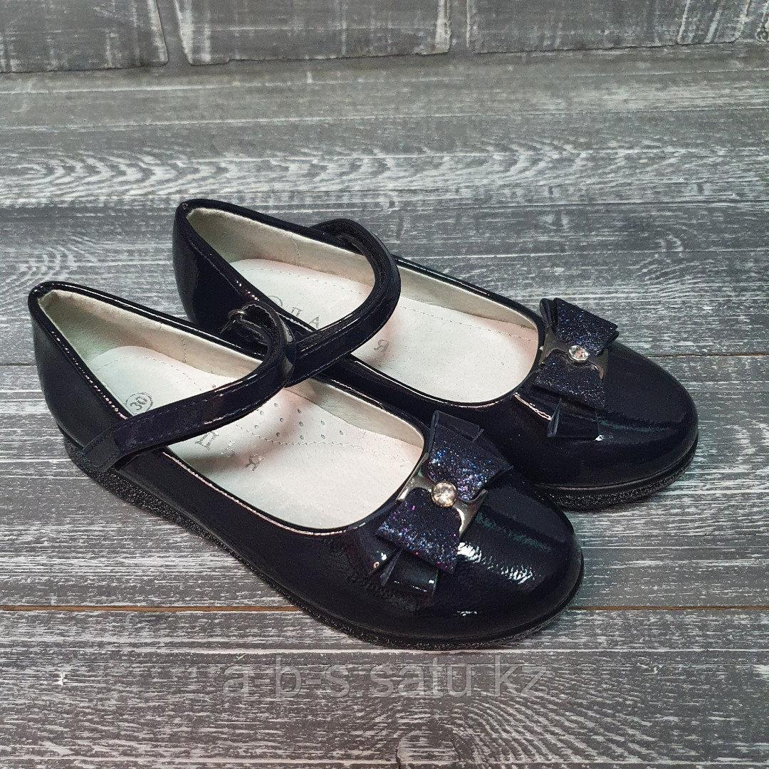 Туфли лакированные темно-синие с бантиком