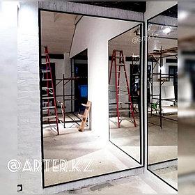 Зеркало в черной металлической раме, 20мм, 2200(В)х1400(Ш)мм