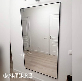 Зеркало в черной металлической раме, 5мм, 1300(В)х700(Ш)мм