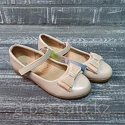 Туфли бежевые с бантиком и жемчугом