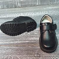 Туфли на одной липучке черные кожа