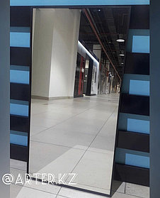 Зеркало в черной металлической раме, 5мм, 900(В)х500(Ш)мм