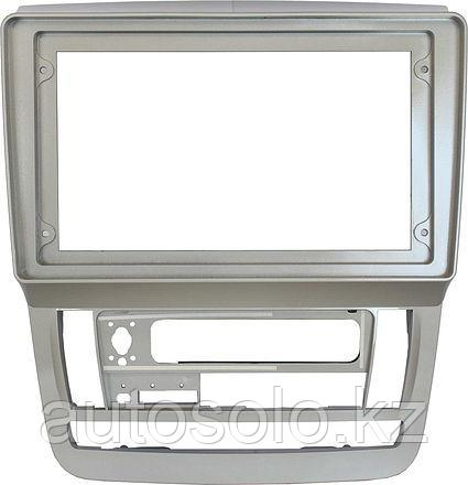 Рамки для автомагнитол Toyota Alphard 2003-2007 MFB дисплей