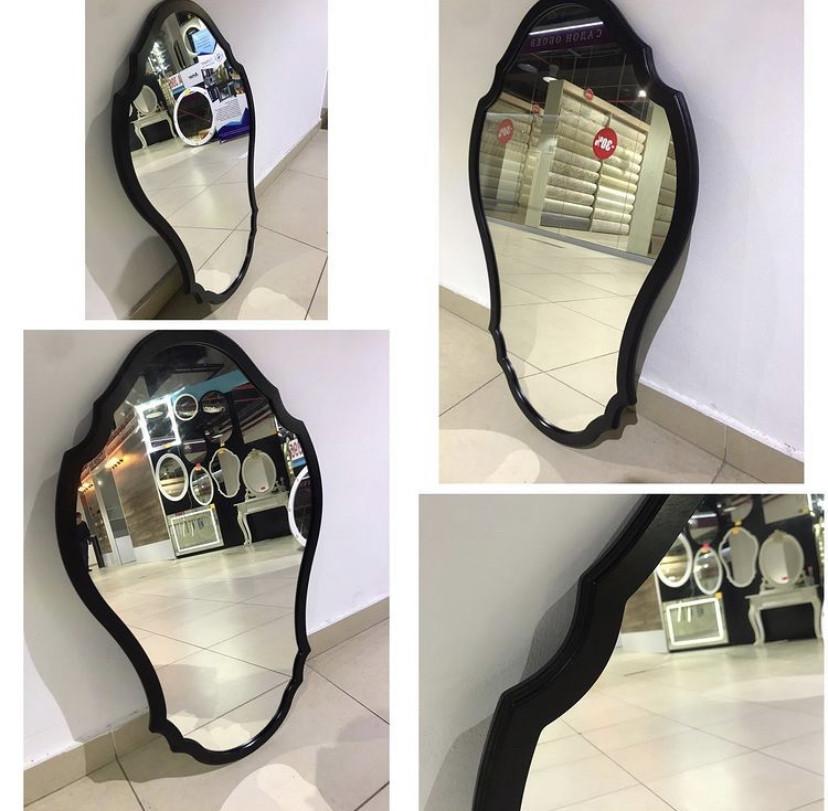 Зеркало в черной раме МДФ, 900(В)х580(Ш)мм