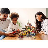 LEGO возраст 6+: Городская площадь CITY 60271