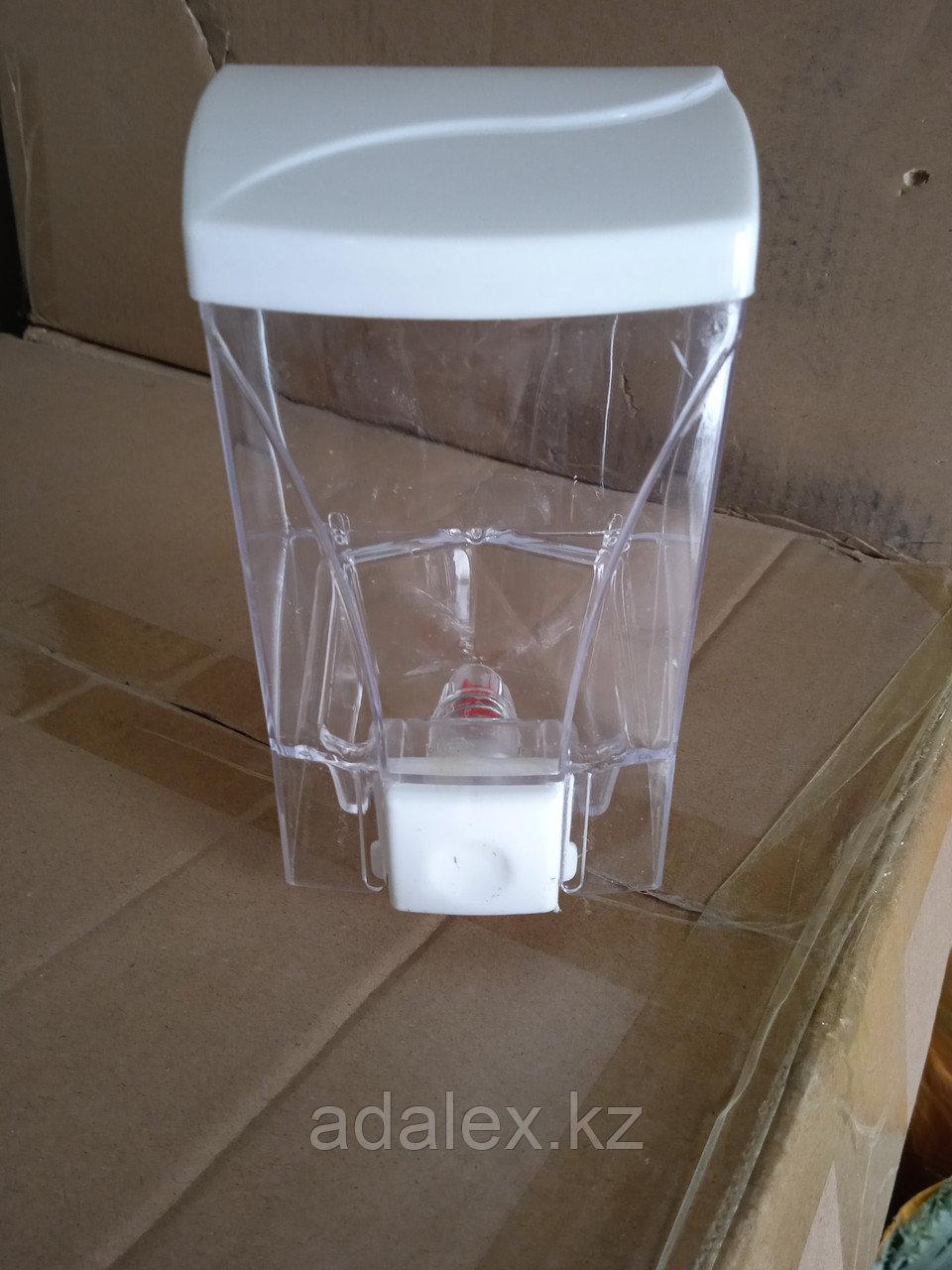 Диспенсер-дозатор для жидкого мыла 0.5л. - фото 2