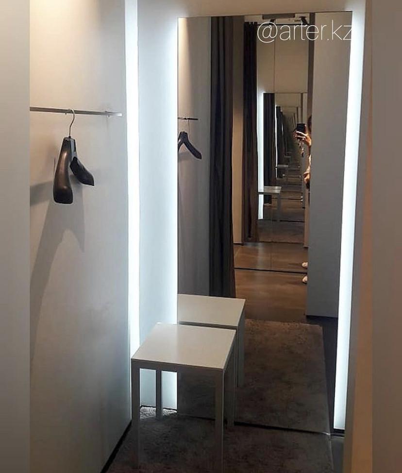 Зеркало с LED- подсветкой «парящее», 1800(В)х600(Ш)