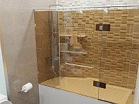 Стеклянная перегородка на ванну прямая бронза КС-170РЦ