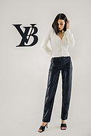 Черные брюки из экокожи