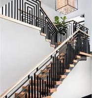 Лестницы из металла и стекла