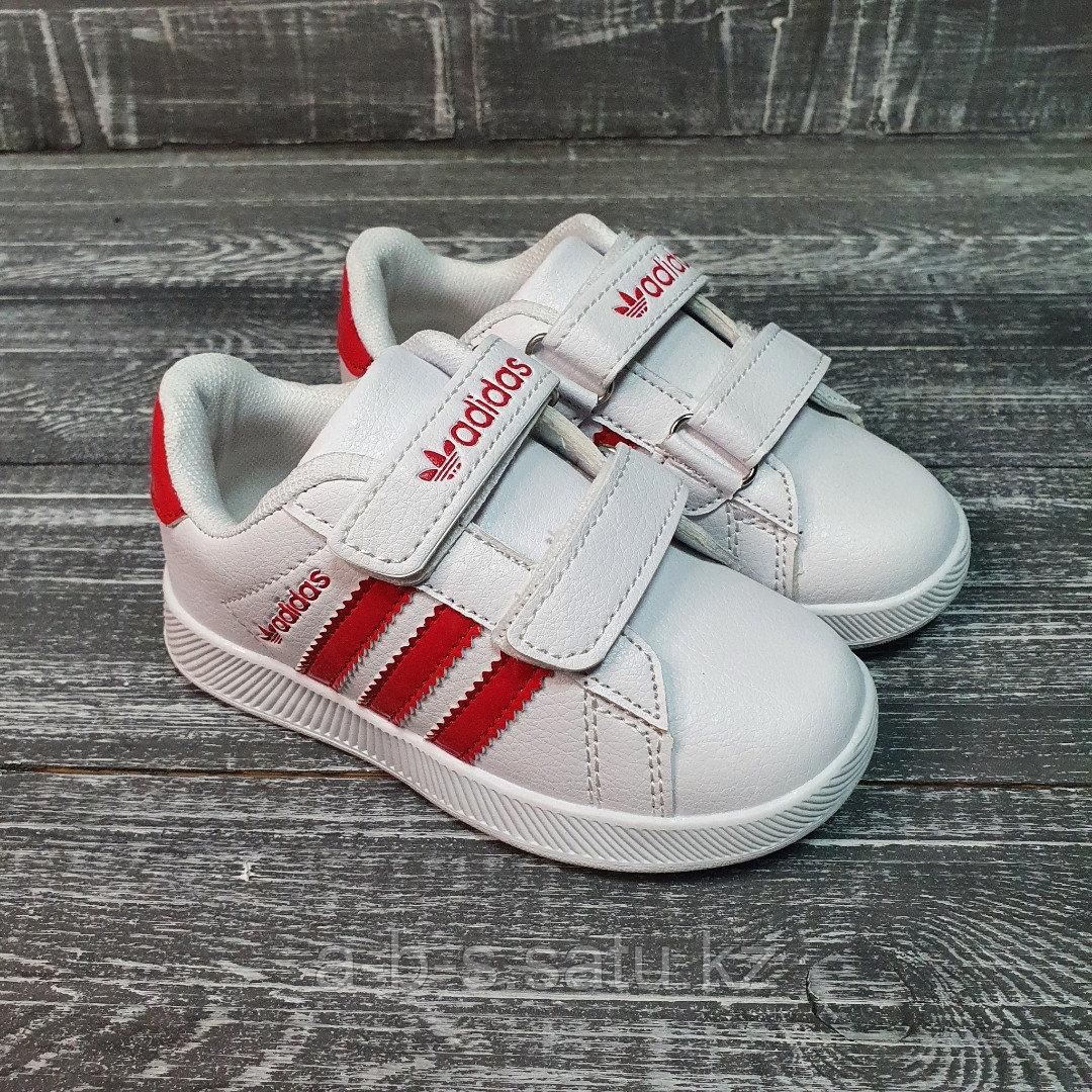Кроссовки Adidas бело-красные