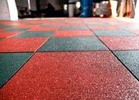 Резиновая плитка, травмобезопасное напольное покрытие для детских и спортивных площадок.