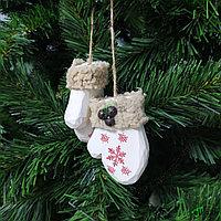 """Украшение игрушка на новогоднюю ёлку """"Варежки"""""""