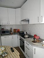 Маленькая белая кухня. Глянец
