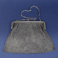 Серебряная театральная сумочка. Западная Европа. Начало ХХ века Серебро 800 пробы, чеканка, кольчужное плетен