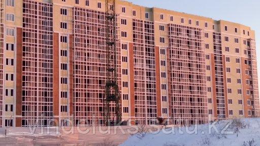 Остекление балконов многоэтажного дома - фото 1