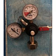 Редуктор с вентилем блокировки газа на 1 выход (UBC Group, Россия)