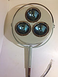 Светильник хирургический стационарный регулирующийся с аварийным питанием 3-х рефлекторный (СРА-3), фото 2