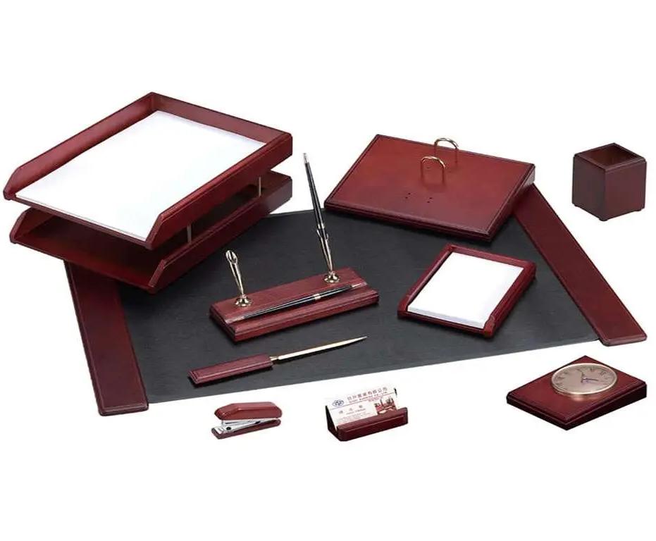 Набор настольный Delucci 10 предметов,  красное дерево