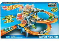 Хот Вилс Заводская гоночная трасса Hot Wheels Factory Raceway Ultimate Playset Mattel