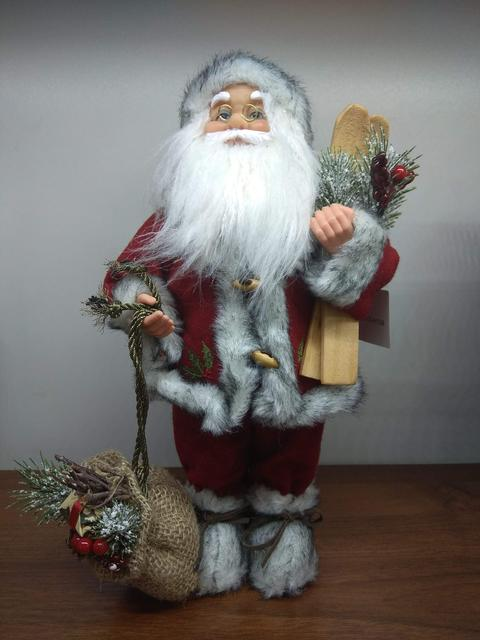 """Новогодние фигуры """"Дед Морозы"""" и """"Санта Клаусы"""""""