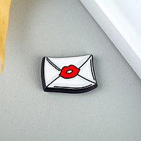 """Декор для творчества пластик """"Письмо с поцелуем"""" набор 10 шт 1,1х1,6 см"""